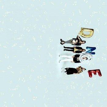 Наклейка на телефон DNCE band | Белые ноты