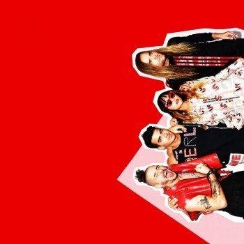 Наклейка на телефон DNCE / Красный фон