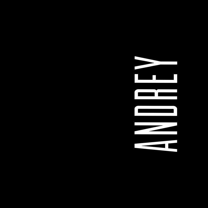 Наклейка на телефон Андрей - черный фон