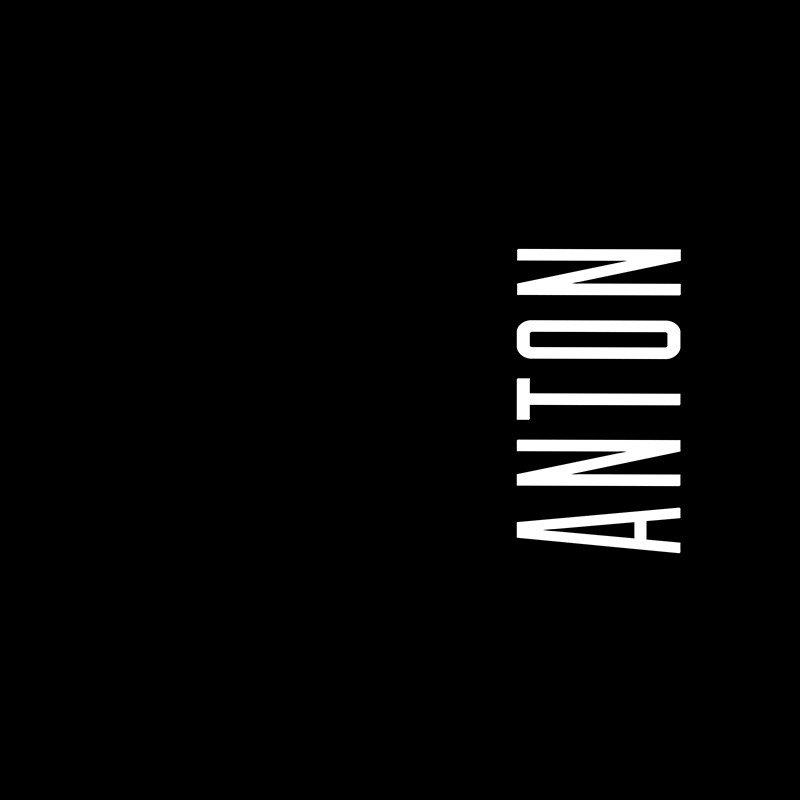 Наклейка на телефон Антон - черный фон