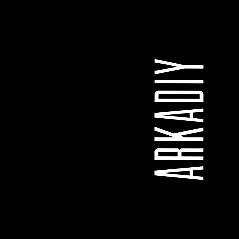 Наклейка на телефон Аркадий - черный фон