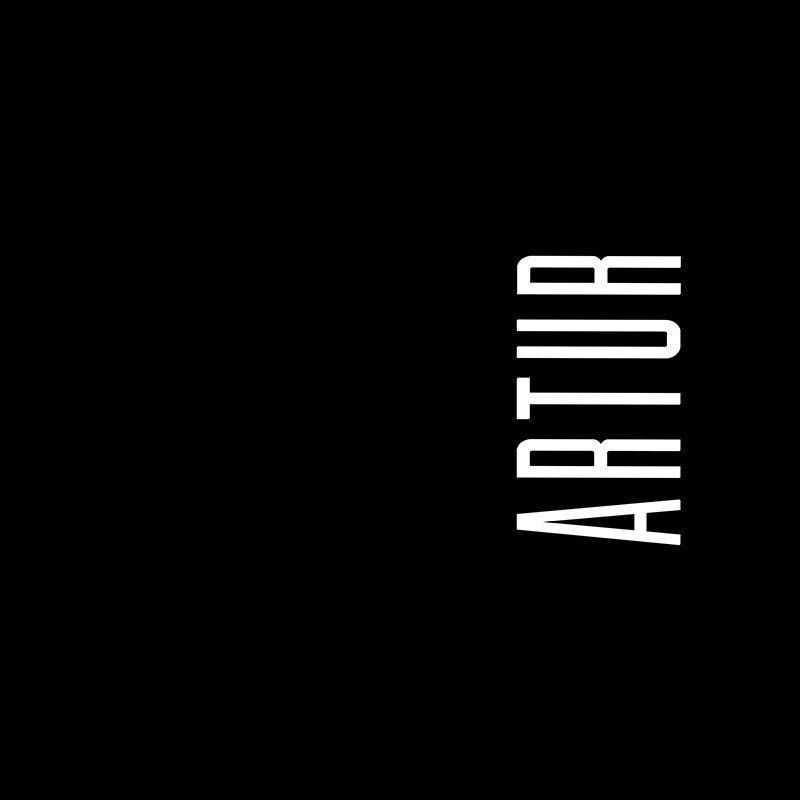 Наклейка на телефон Артур - черный фон