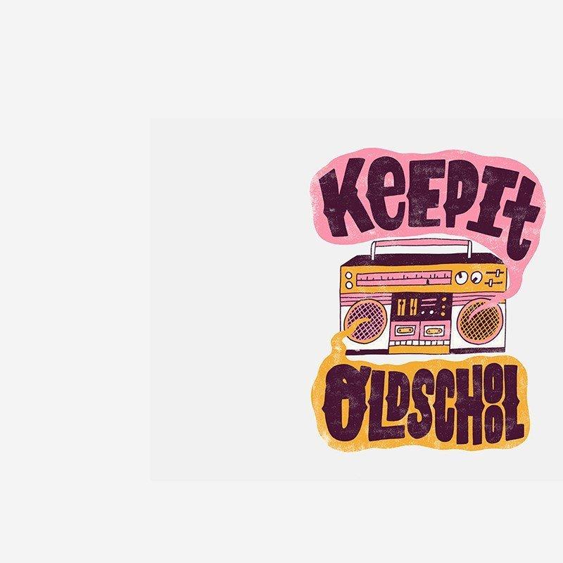 Наклейка на телефон KeepIt