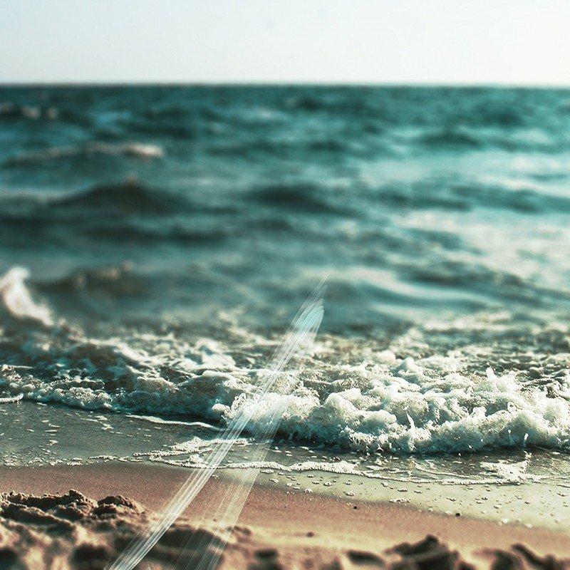 Наклейка на телефон Море