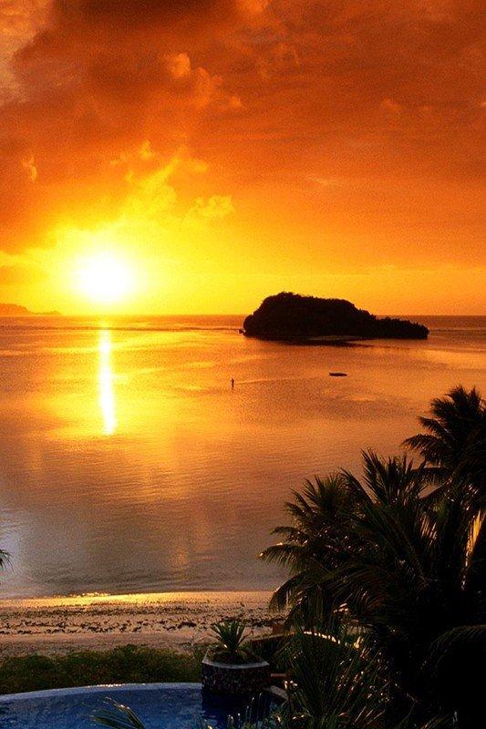 Наклейка на планшет Вечерний Пляж
